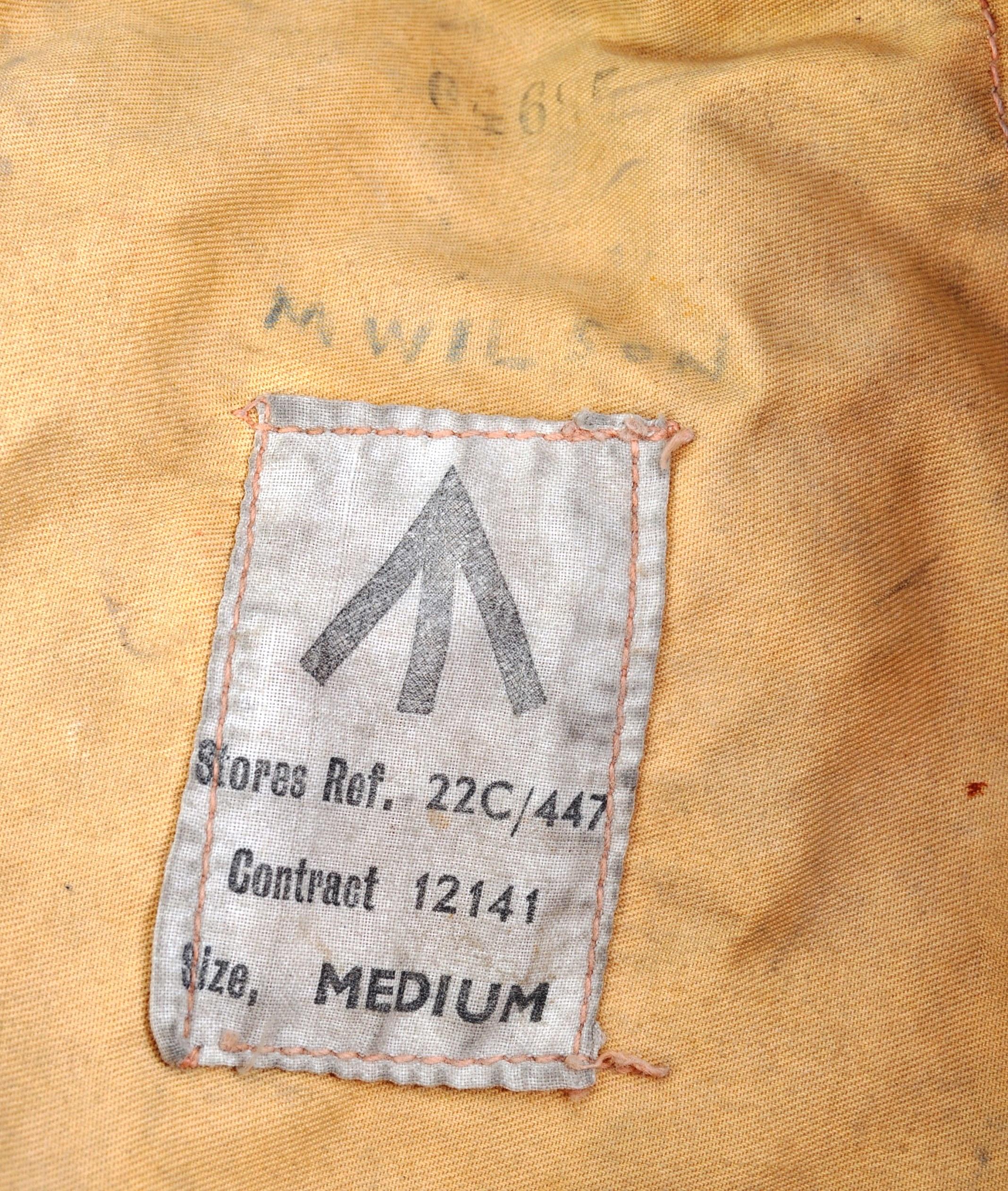 WWII RAF 1941 PATTERN MAE WEST LIFE SAVER JACKET - Image 7 of 10