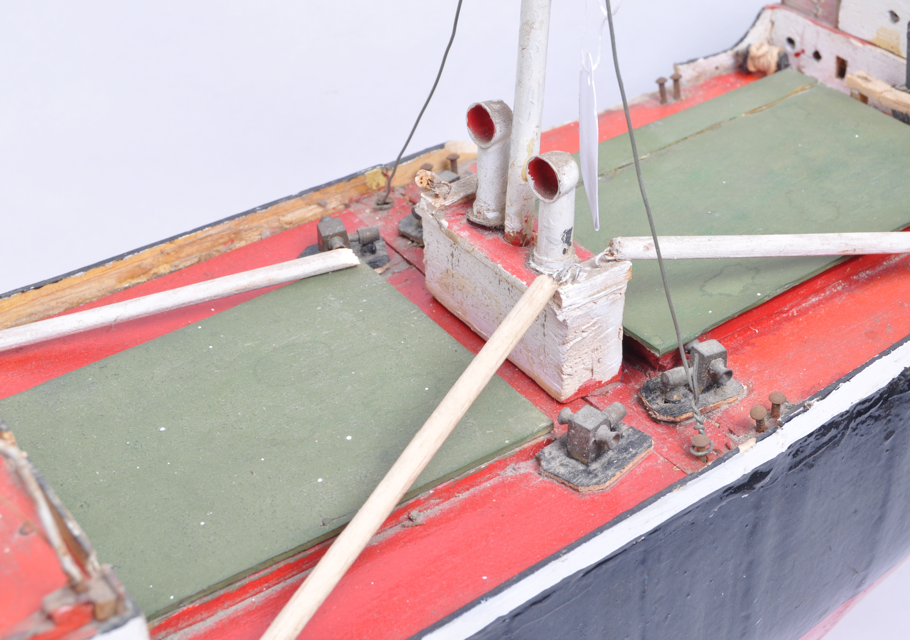SHIPPING - RADIO CONTROLLED SCALE MODEL ' FORT INDUS ' CARGO SHIP - Image 6 of 11