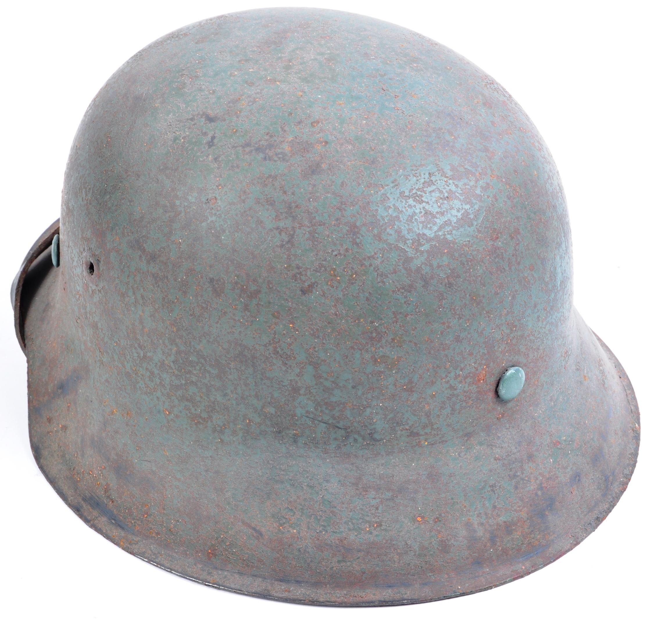 WWII SECOND WORLD WAR GERMAN THIRD REICH M42 COMBAT HELMET - Image 3 of 5