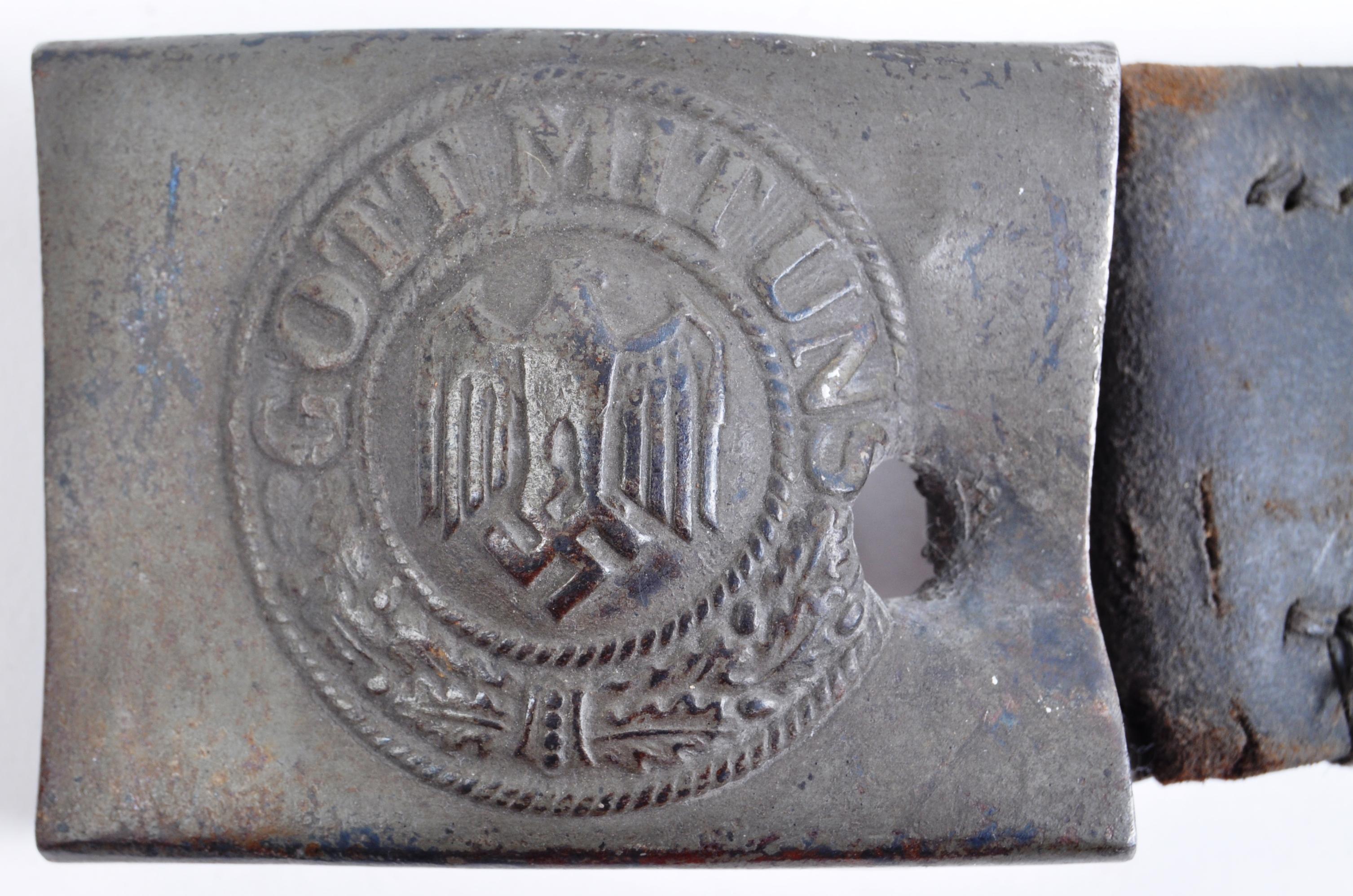 ORIGINAL WWII SECOND WORLD WAR GERMAN BELT BUCKLE W/BULLET HOLE - Image 2 of 5