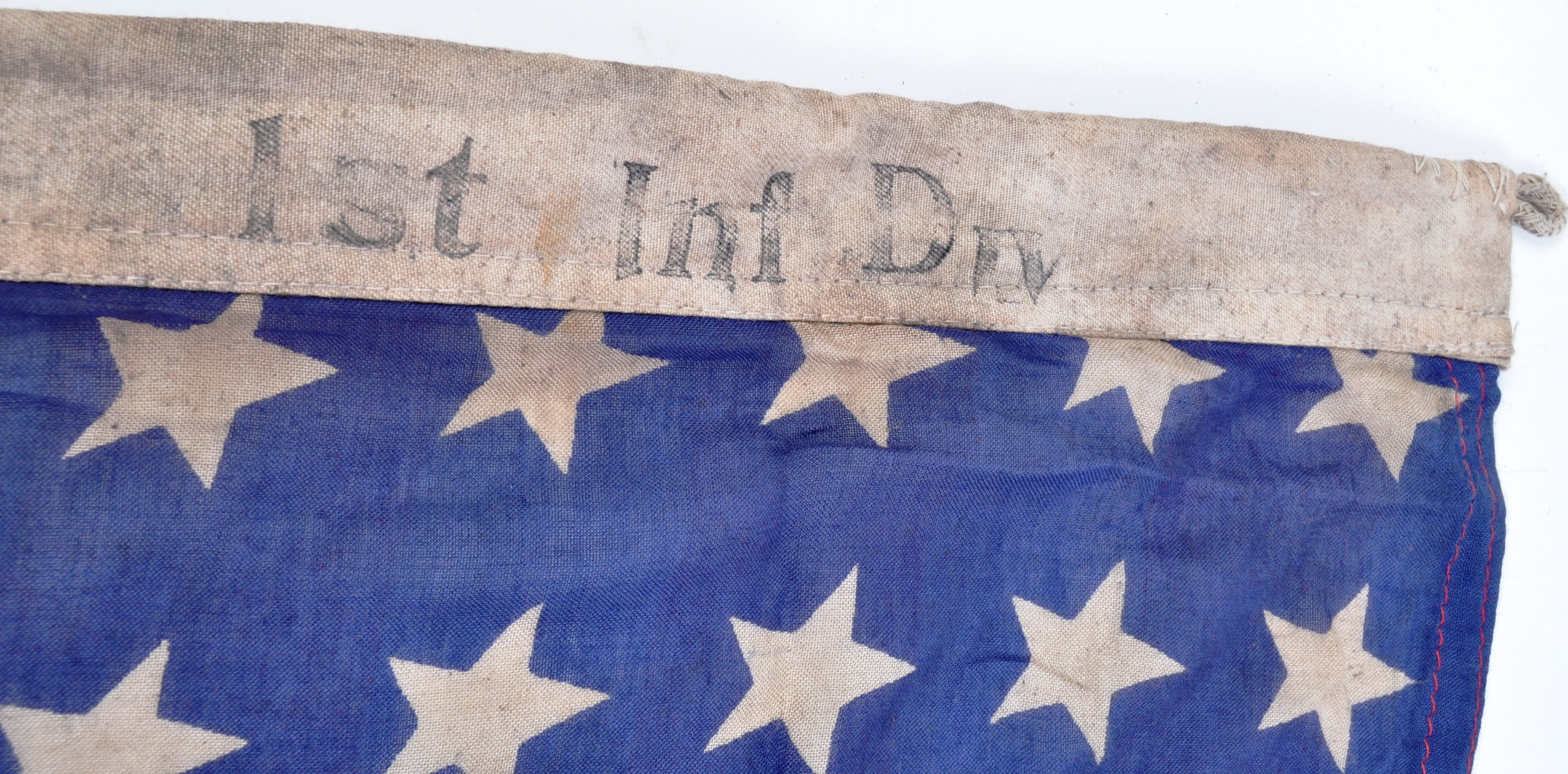 WWII SECOND WORLD WAR INTEREST FLAG - 1942 US ARMY DATED - Image 3 of 7