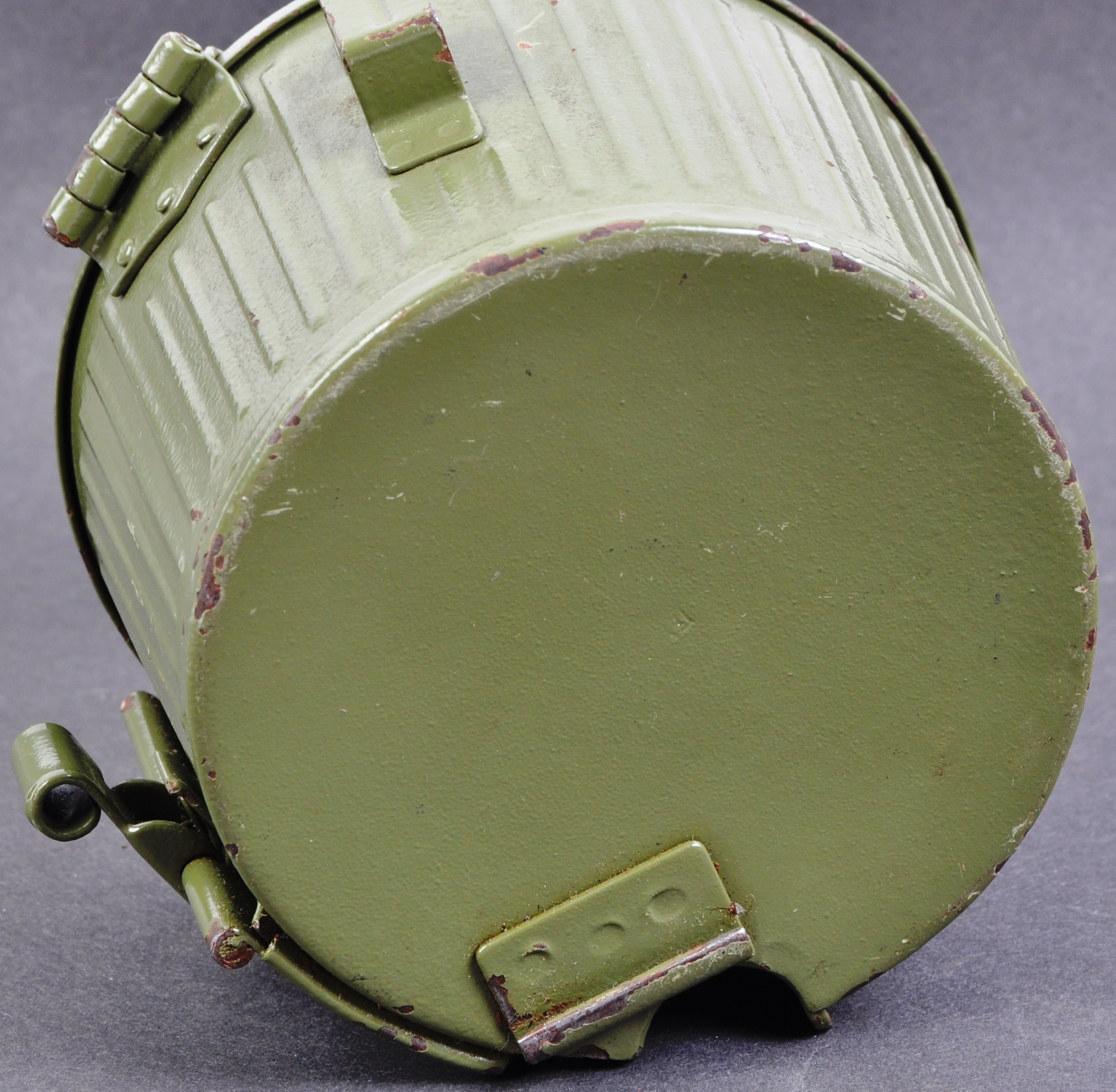 TWO WWII SECOND WORLD WAR TYPE GERMAN REPLICA ITEMS - Image 8 of 9