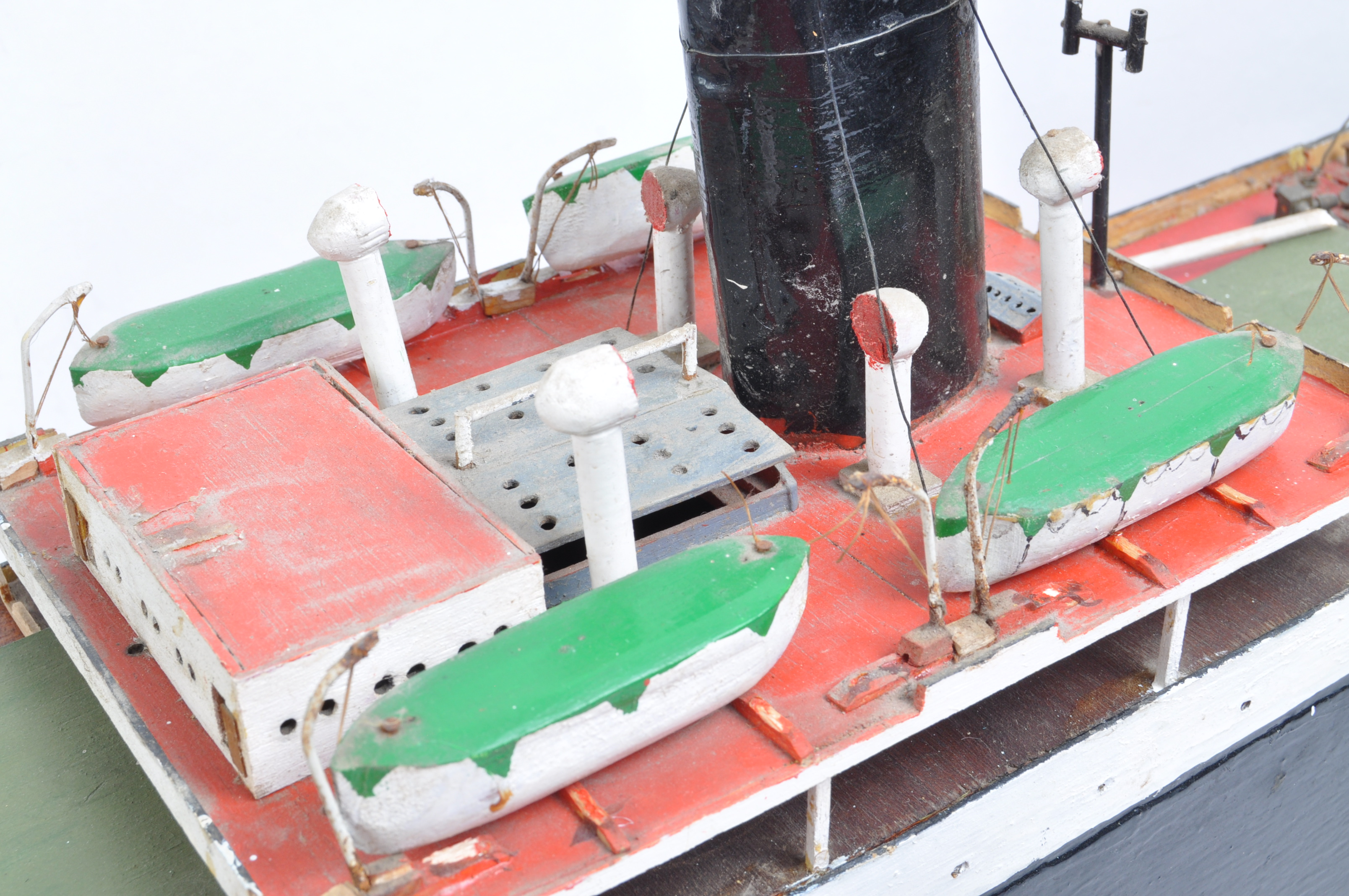 SHIPPING - RADIO CONTROLLED SCALE MODEL ' FORT INDUS ' CARGO SHIP - Image 5 of 11
