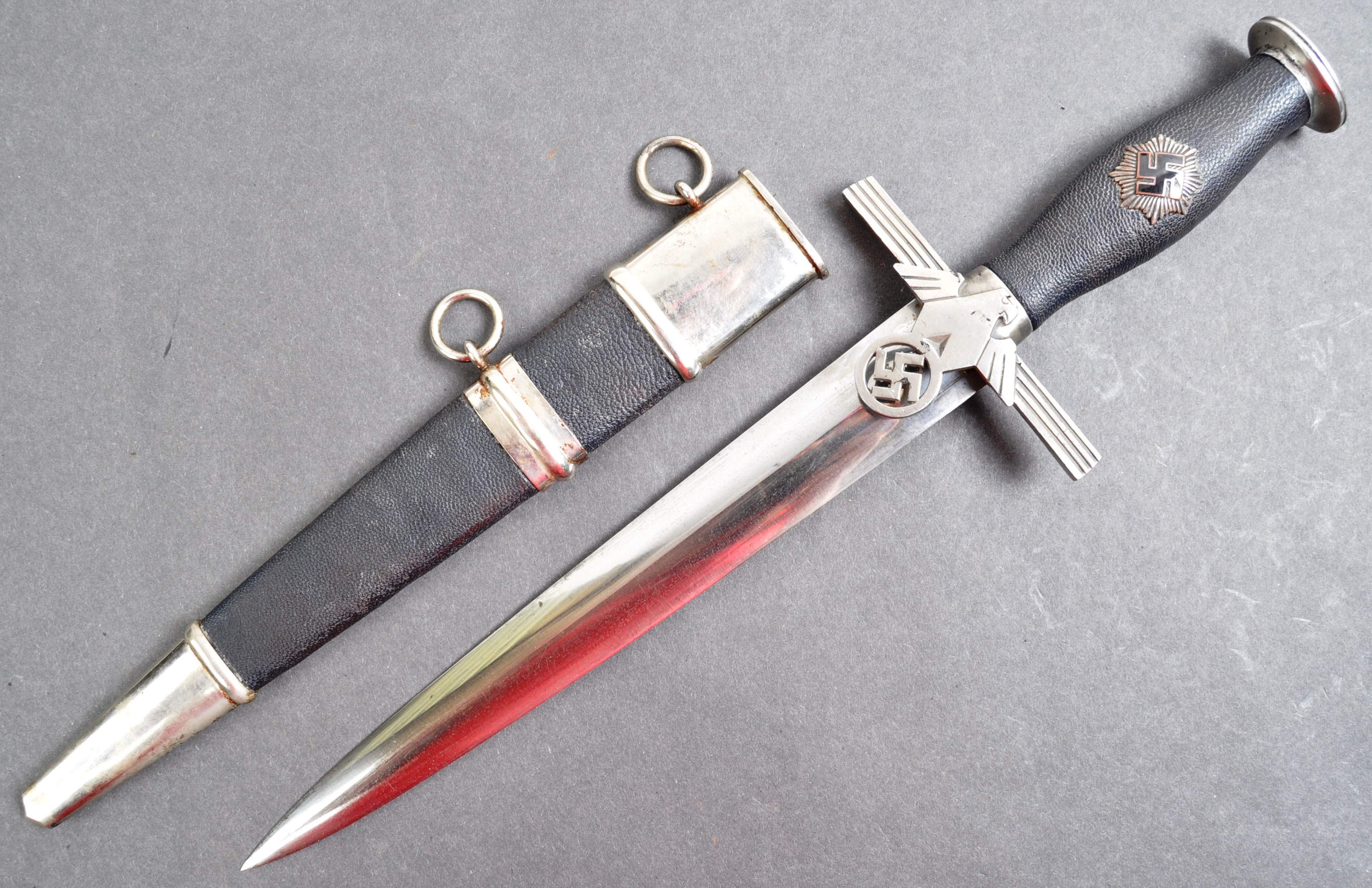 WWII SECOND WORLD WAR GERMAN AIR PROTECTION SERVICE DAGGER