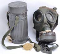 WWII SECOND WORLD WAR GERMAN THIRD REICH GAS MASK