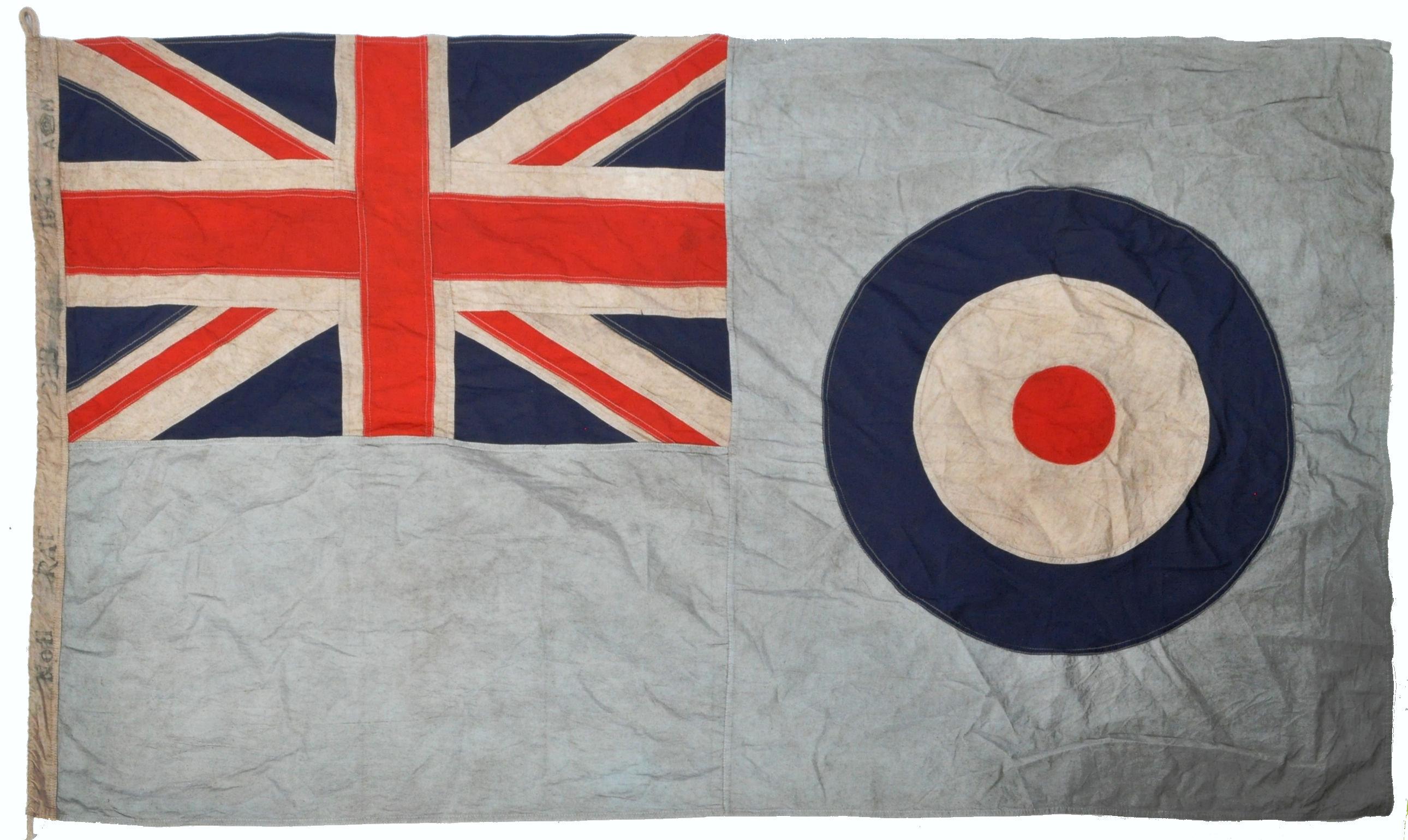WWII SECOND WORLD WAR TYPE RAF AIRFIELD FLAG - DEBDEN