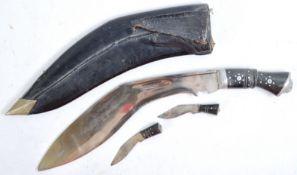 EARLY 20TH CENTURY GURKHA NEPALESE KUKRI KNIFE