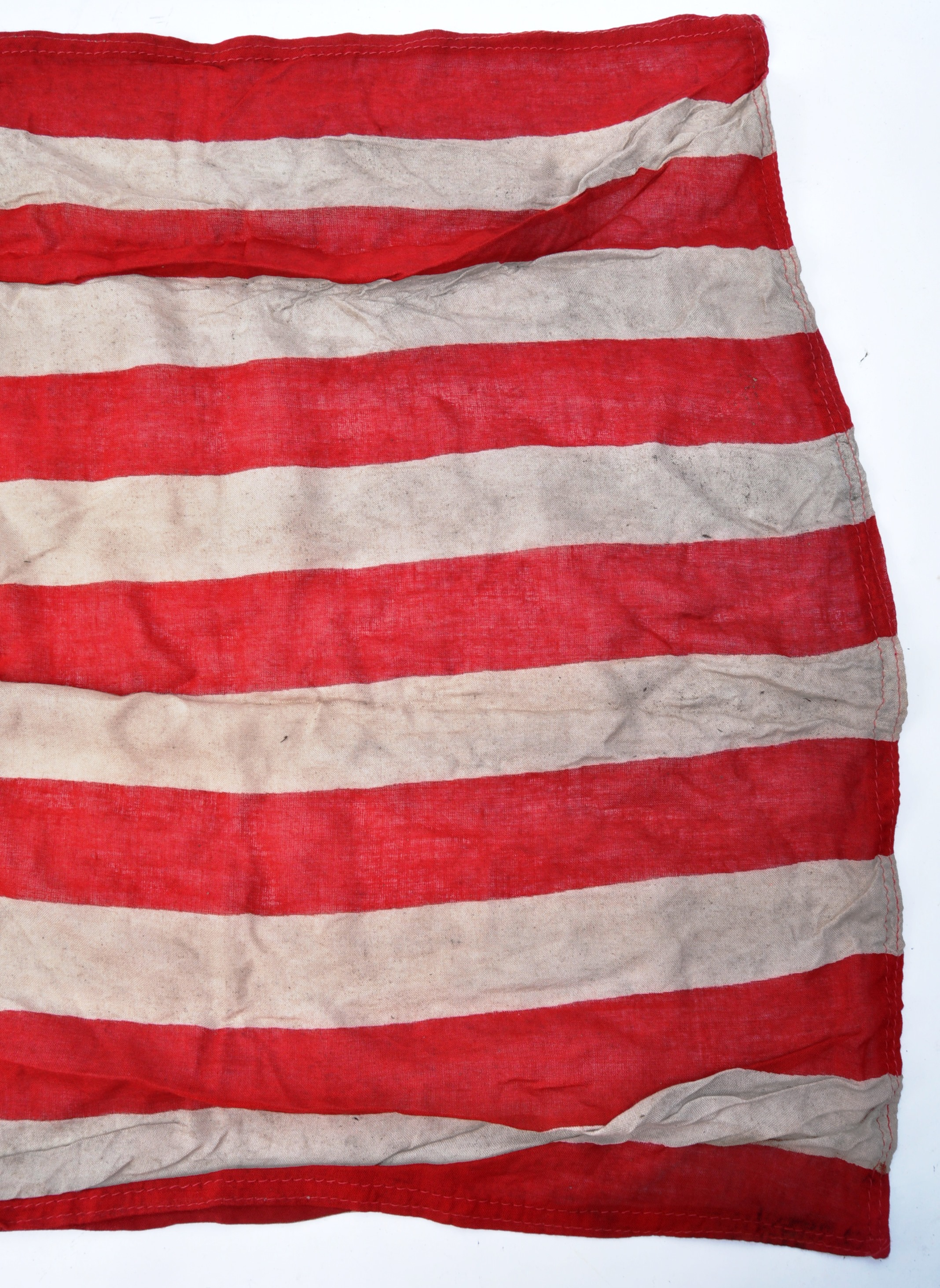 WWII SECOND WORLD WAR INTEREST FLAG - 1942 US ARMY DATED - Image 4 of 7
