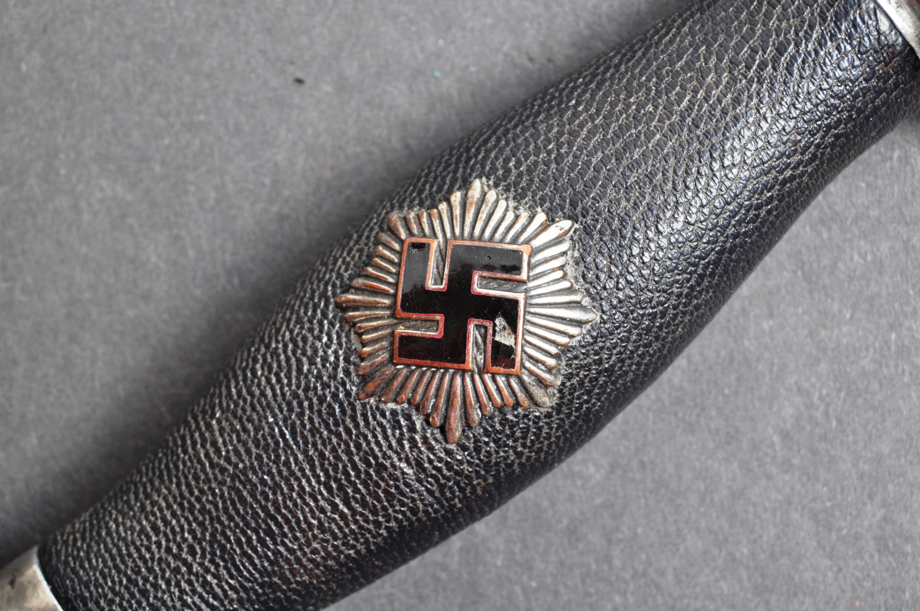 WWII SECOND WORLD WAR GERMAN AIR PROTECTION SERVICE DAGGER - Image 5 of 11