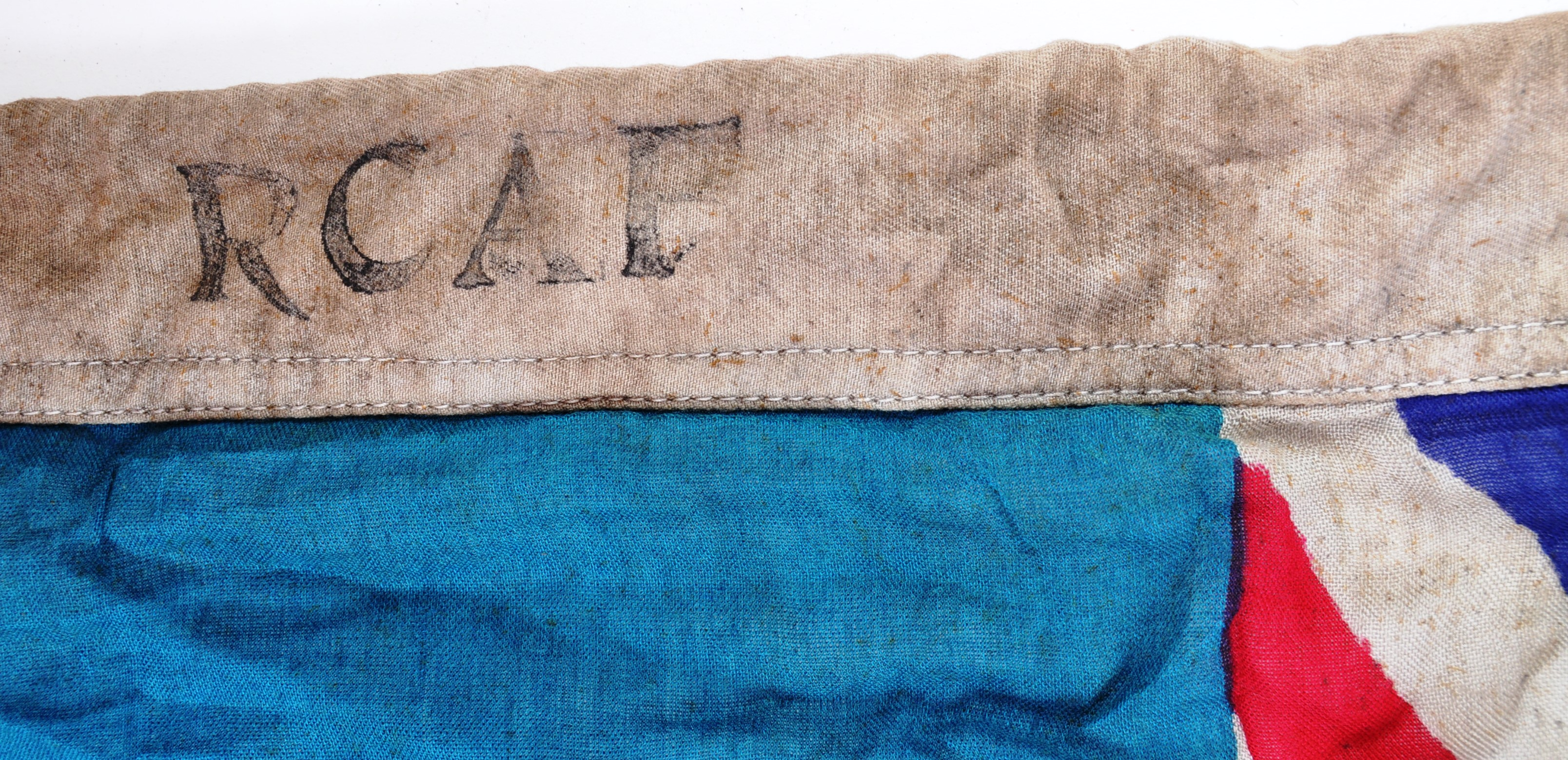 WWII SECOND WORLD WAR TYPE RCAF CANADIAN AIR FORCE BASE FLAG - Image 3 of 7
