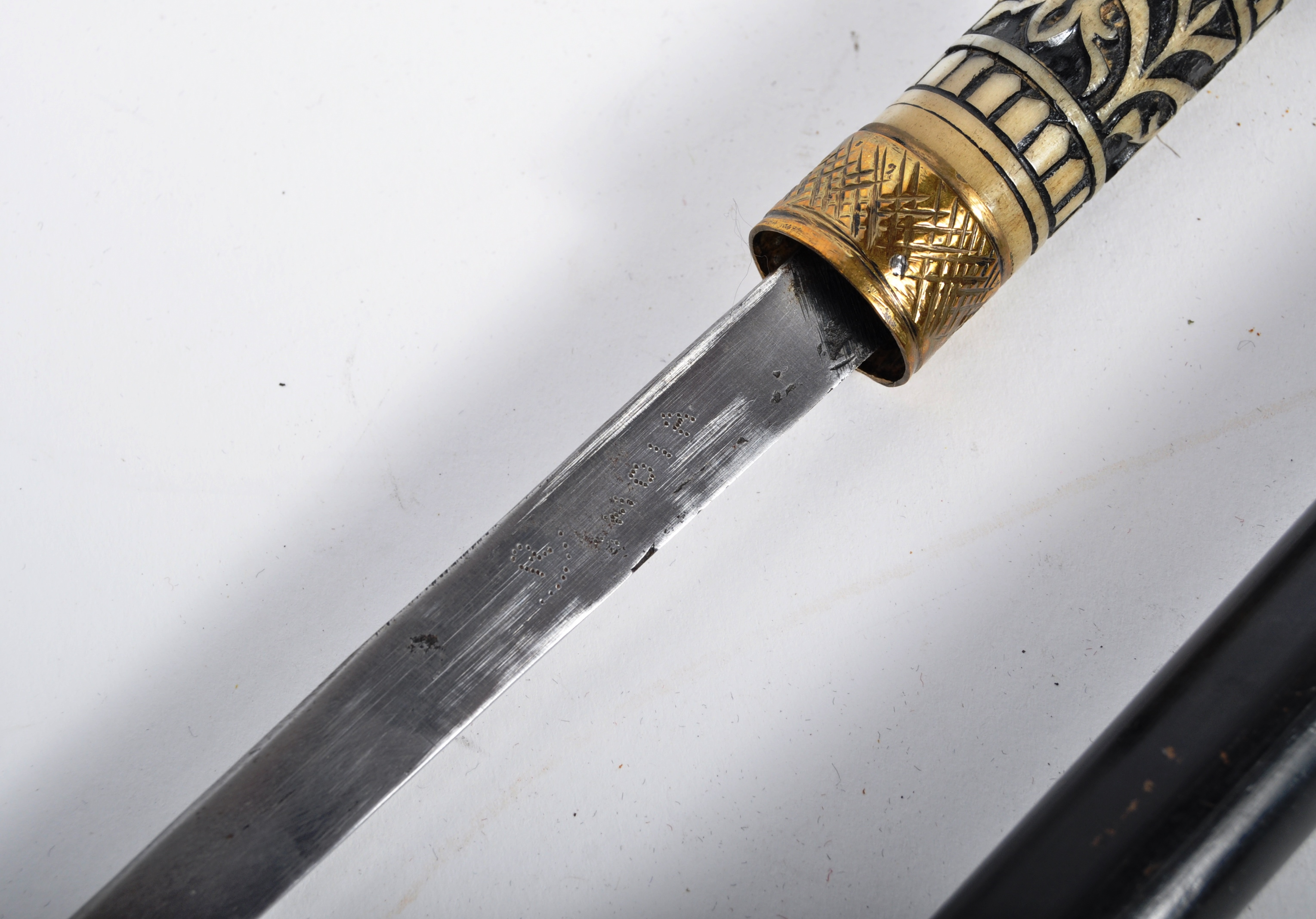 LATE 19TH CENTURY INDIAN SWAGGER STICK WITH CONSEALED BLADE - Image 4 of 7