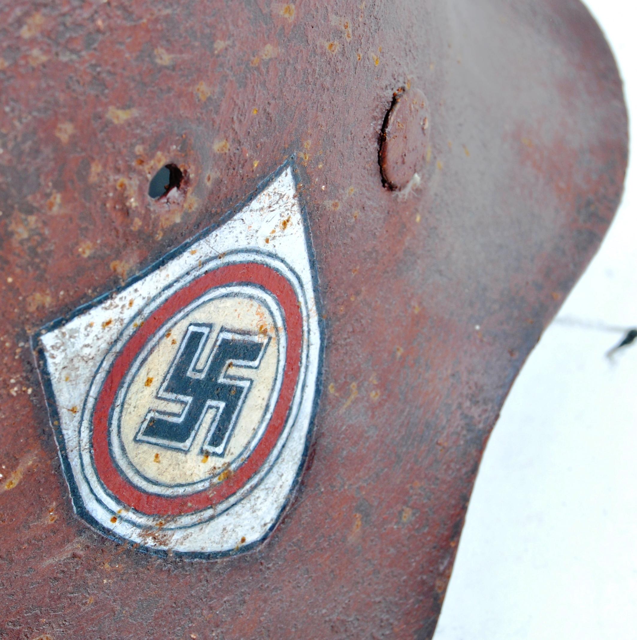 WWII SECOND WORLD WAR THIRD REICH NAZI M42 HELMET - Image 4 of 6