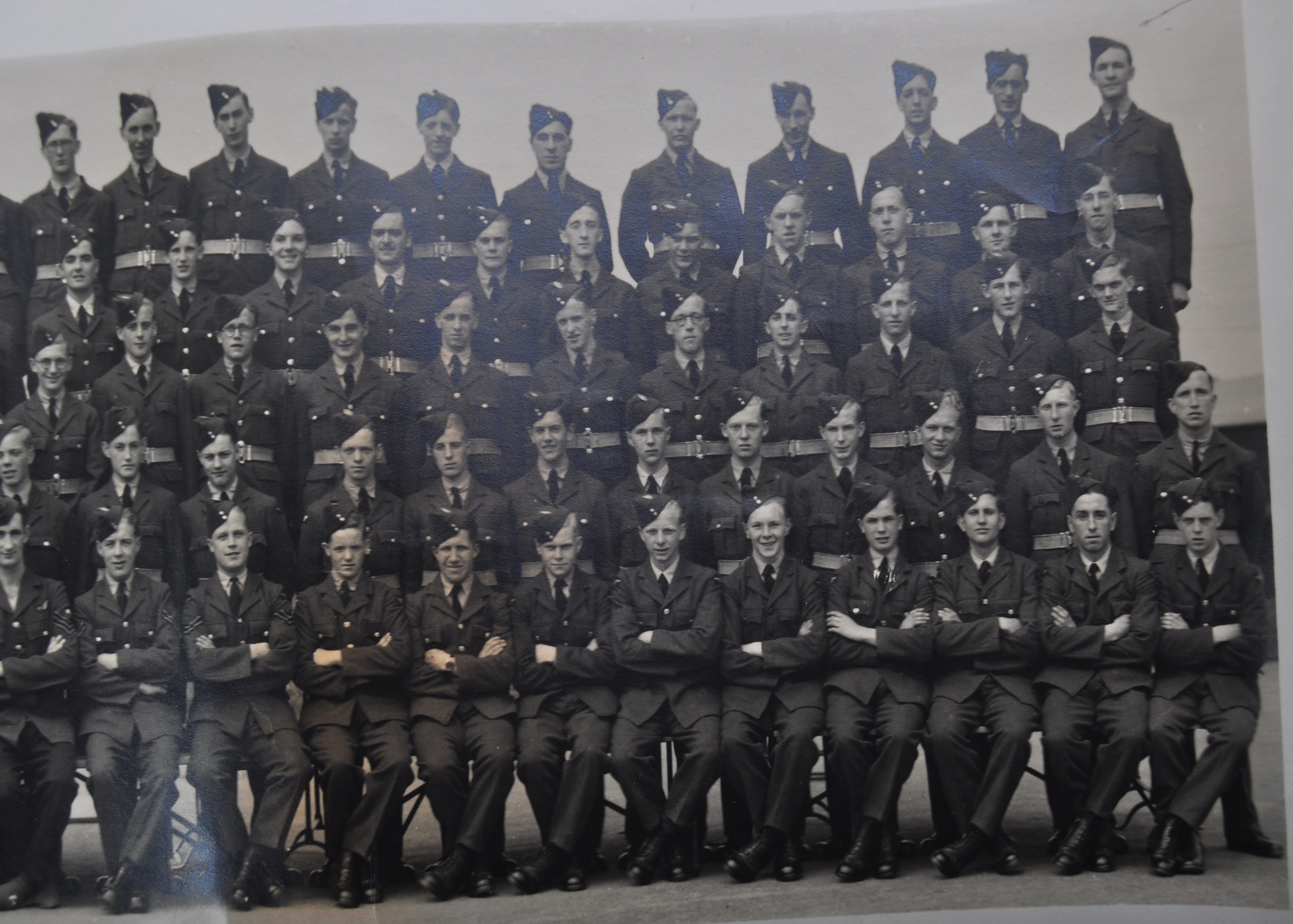 POST-WWII RAF PADGATE - BOB MONKHOUSE - AUTOGRAPHED REGIMENTAL PHOTOGRAPH - Image 3 of 8