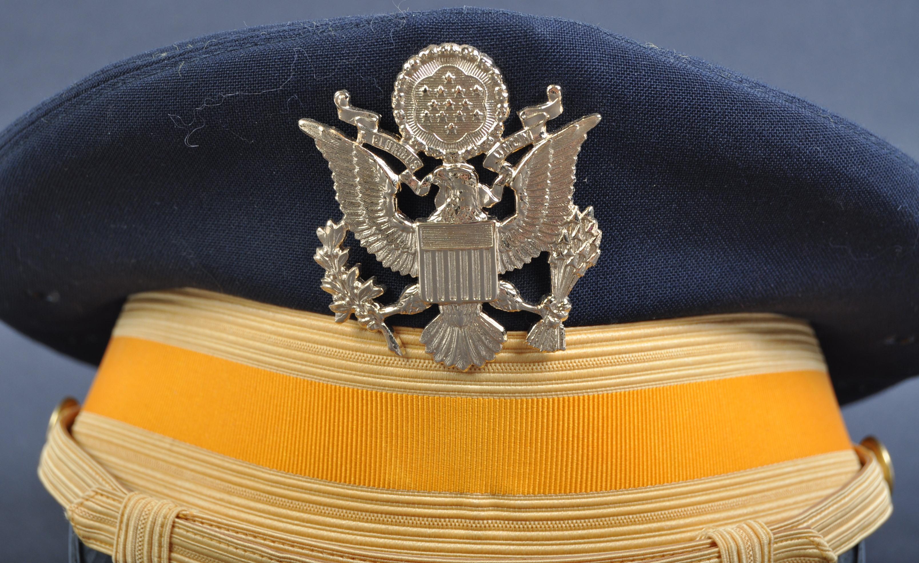 20TH CENTURY US CAVALRY OFFICER'S BANCROFT UNIFORM PEAKED CAP - Image 2 of 5