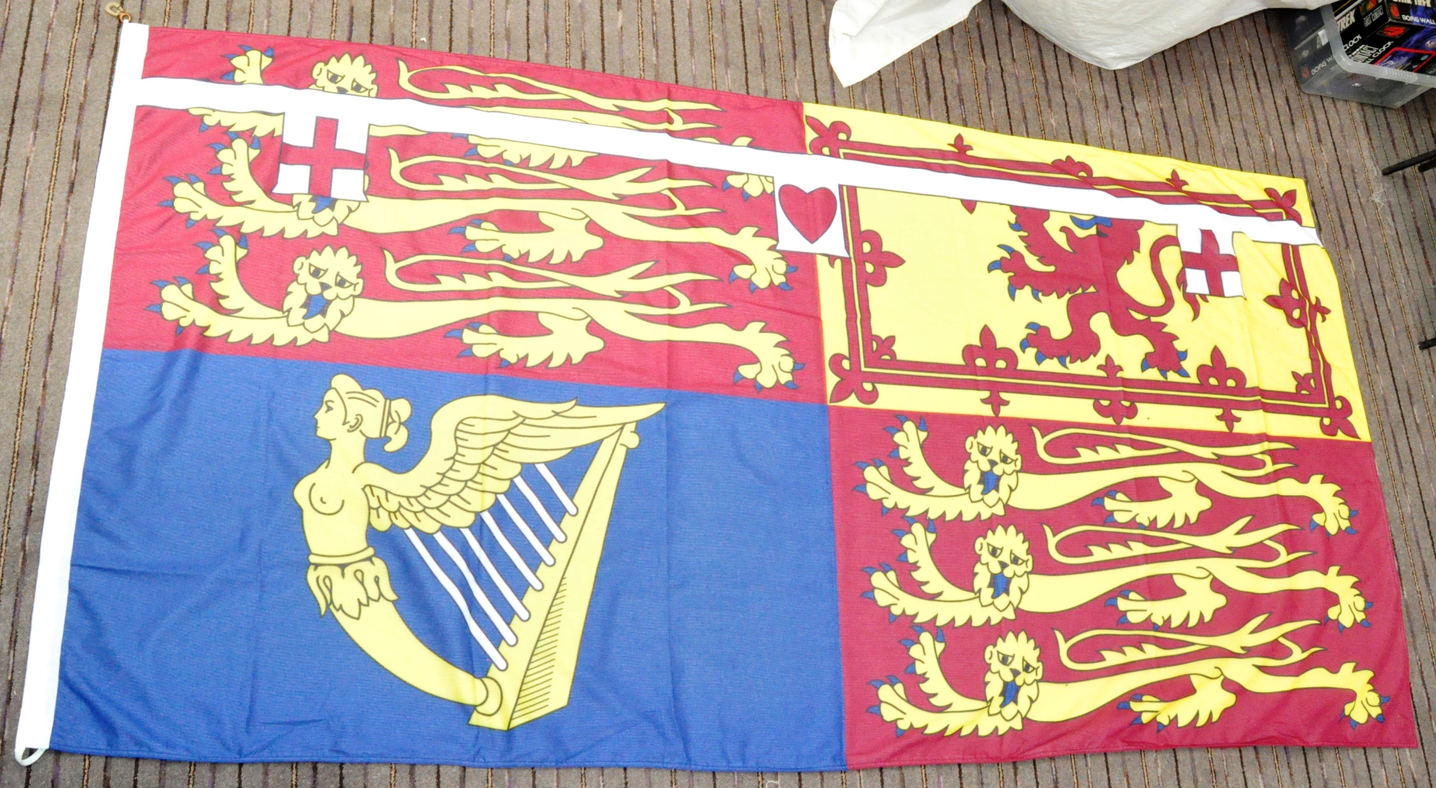 LARGE ROYAL STANDARD OF THE UNITED KINGDOM FLAG
