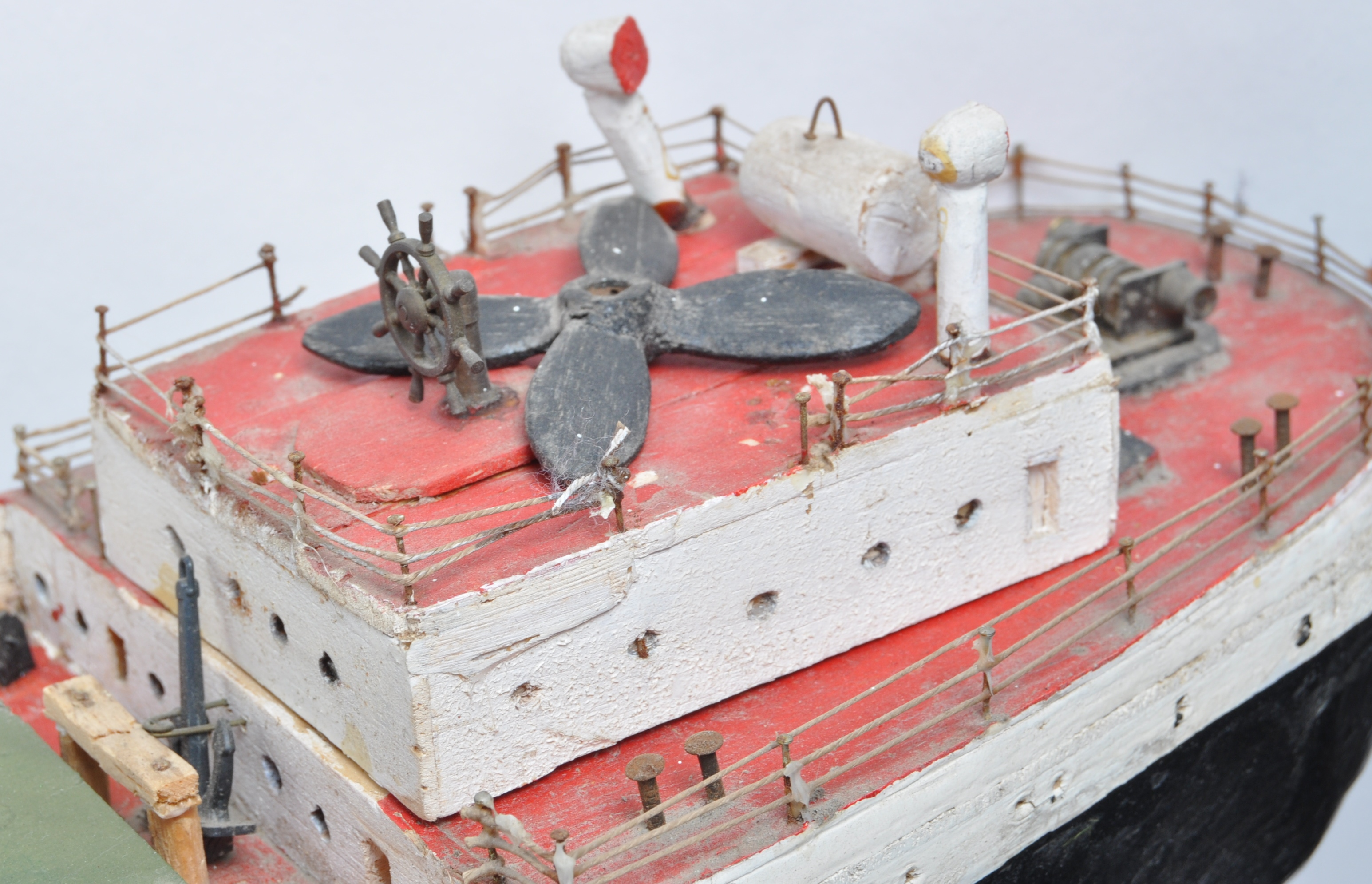 SHIPPING - RADIO CONTROLLED SCALE MODEL ' FORT INDUS ' CARGO SHIP - Image 7 of 11