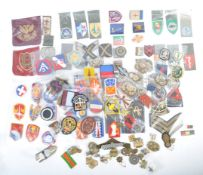 LARGE COLLECTION OF VINTAGE BRITISH ARMY DIVISIONA