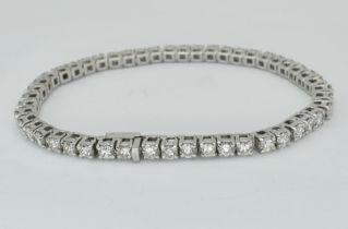 FRENCH 18CT WHITE GOLD & DIAMOND TENNIS BRACELET