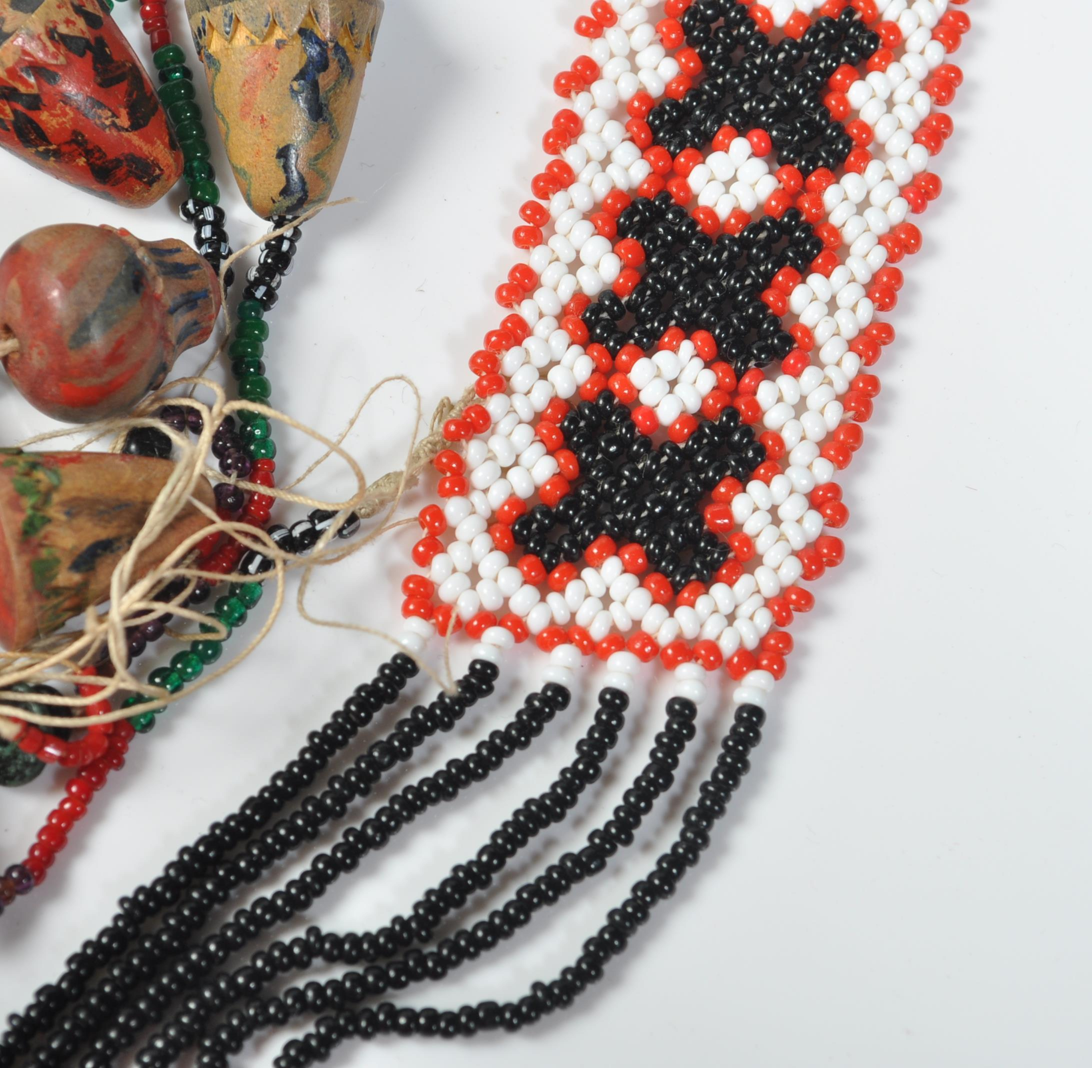 COLLECTION OF ZULU AFRICAN AND NATIVE AMERCIAN JEWELLERY. - Image 7 of 9