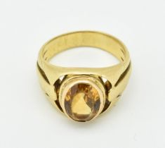 A FRENCH ART NOUVEAU 18CT GOLD AND CITRINE RING