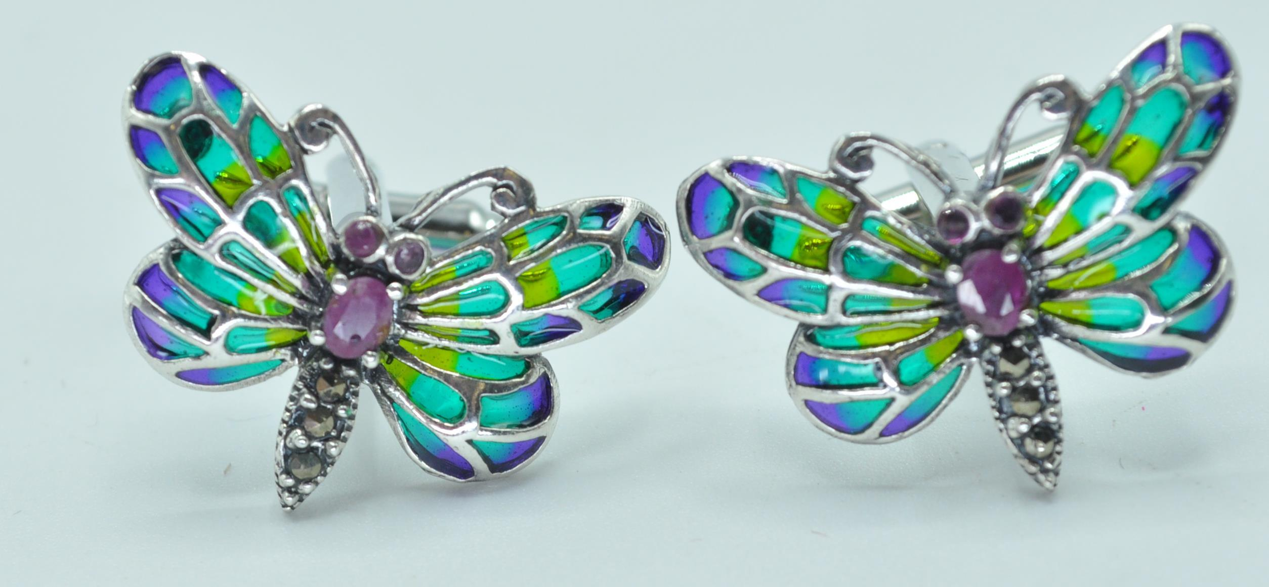 PAIR OF STAMPED 925 SILVER BUTTERFLY CUFFLINKS. - Image 3 of 4