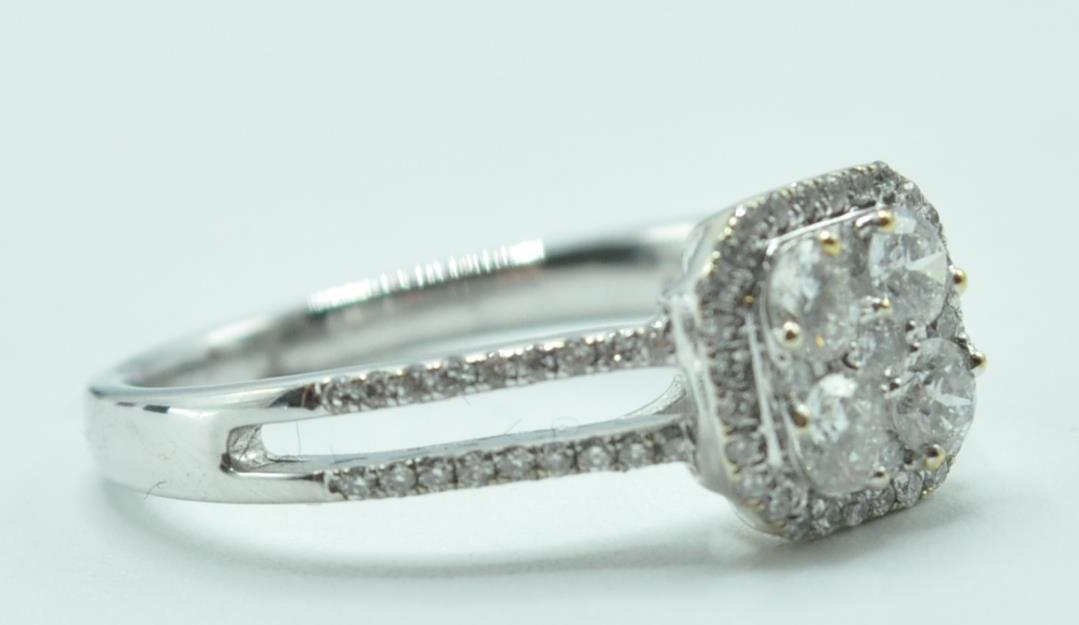 STAMPED 18K WHITE GOLD AND DIAMOND CLUSTER RING. - Image 2 of 8
