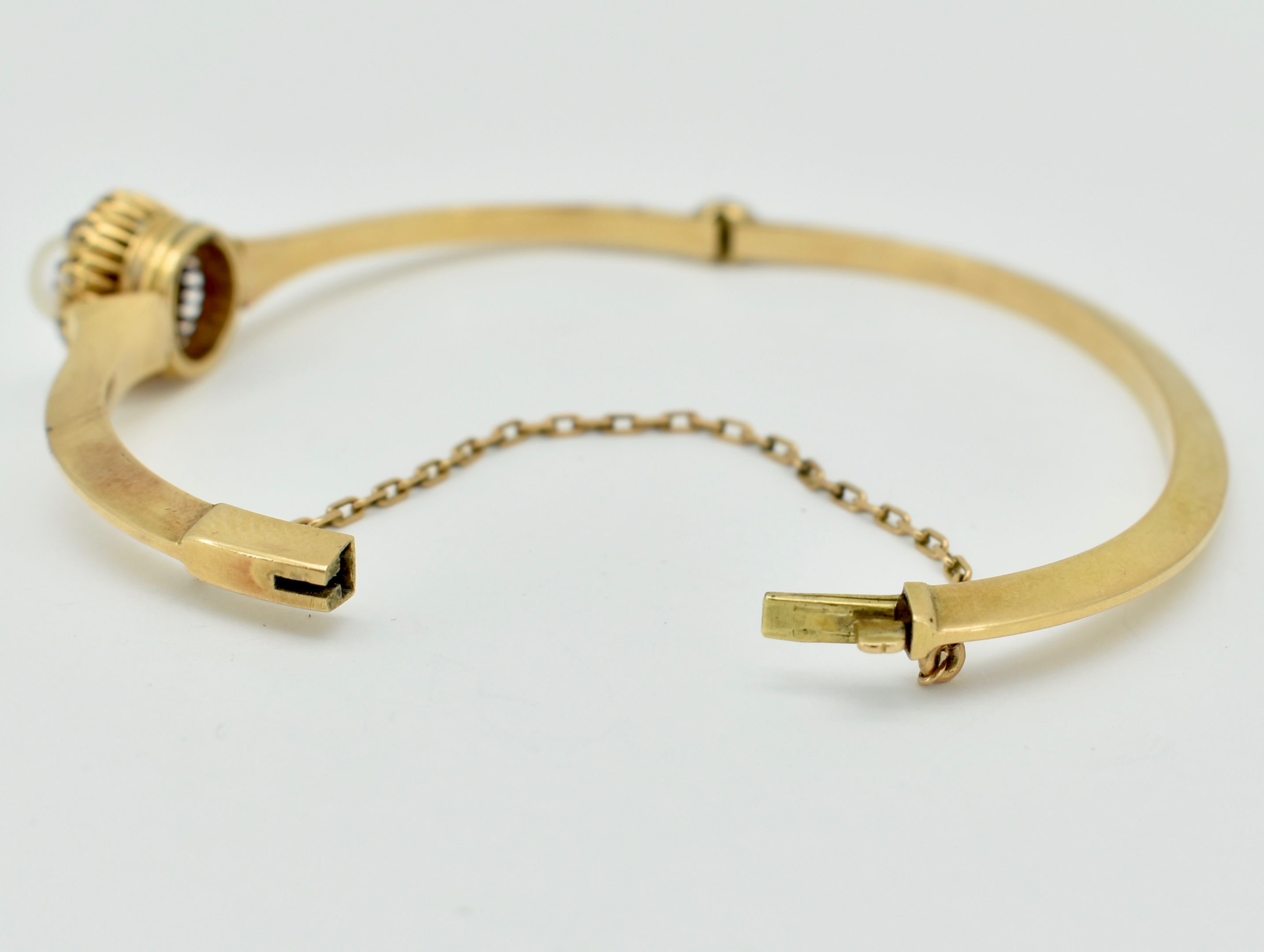 FRENCH 18CT GOLD DIAMOND & PEARL HINGED BANGLE - Image 3 of 6
