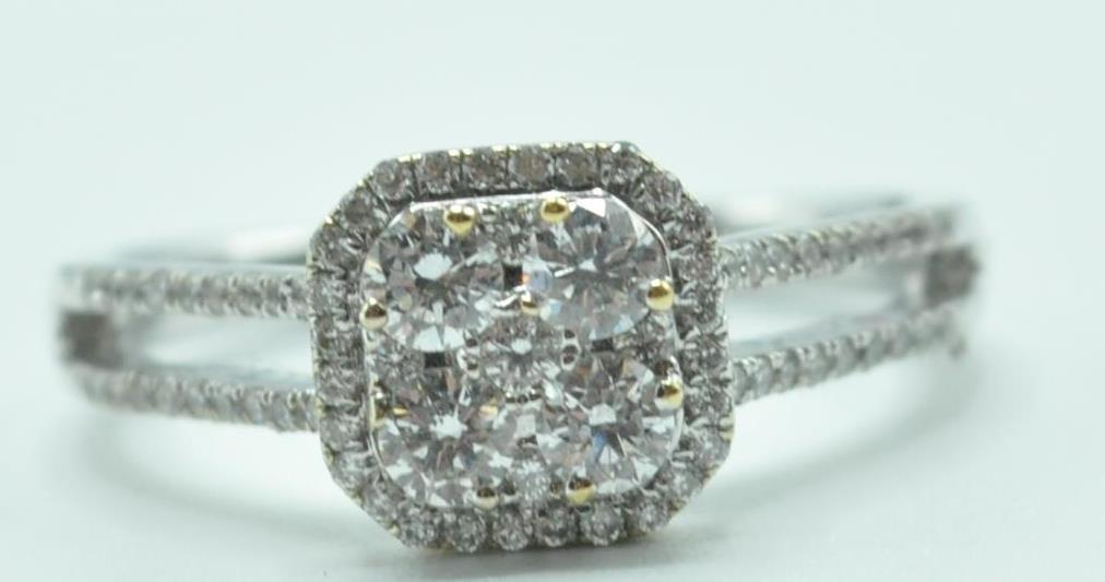 STAMPED 18K WHITE GOLD AND DIAMOND CLUSTER RING. - Image 8 of 8
