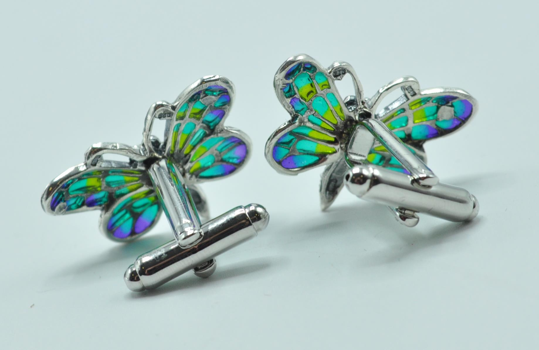 PAIR OF STAMPED 925 SILVER BUTTERFLY CUFFLINKS. - Image 4 of 4