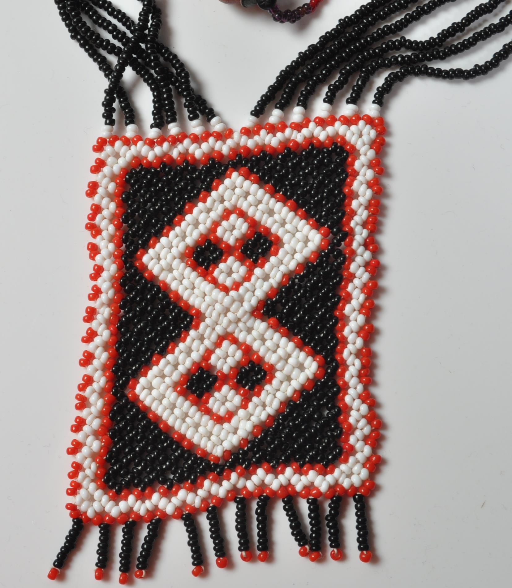 COLLECTION OF ZULU AFRICAN AND NATIVE AMERCIAN JEWELLERY. - Image 4 of 9