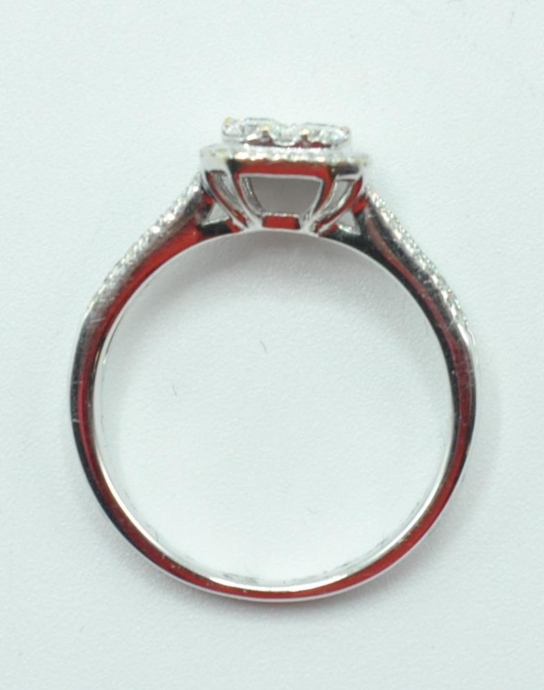 STAMPED 18K WHITE GOLD AND DIAMOND CLUSTER RING. - Image 6 of 8