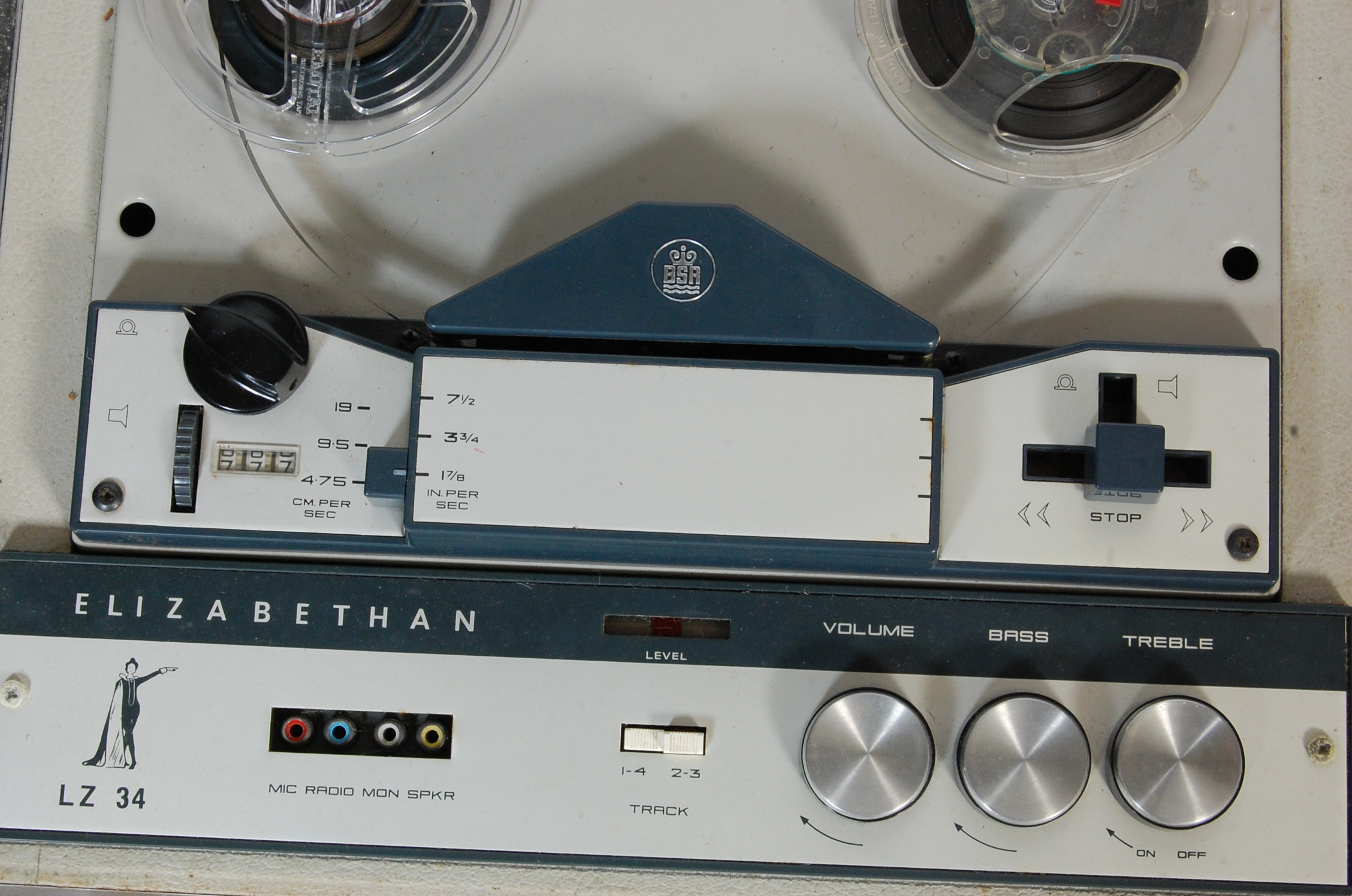 ELIZABETHAN LZ 34 REEL TO REEL PLAYER AND TAPES - Image 4 of 5