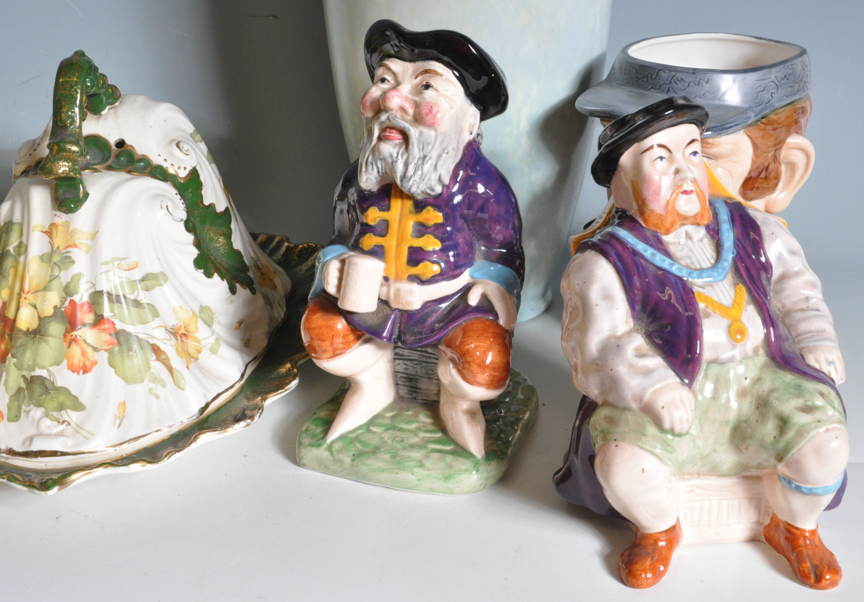 COLLECTION OF VINTAGE 20TH CENTURY CERAMICS - Image 7 of 10