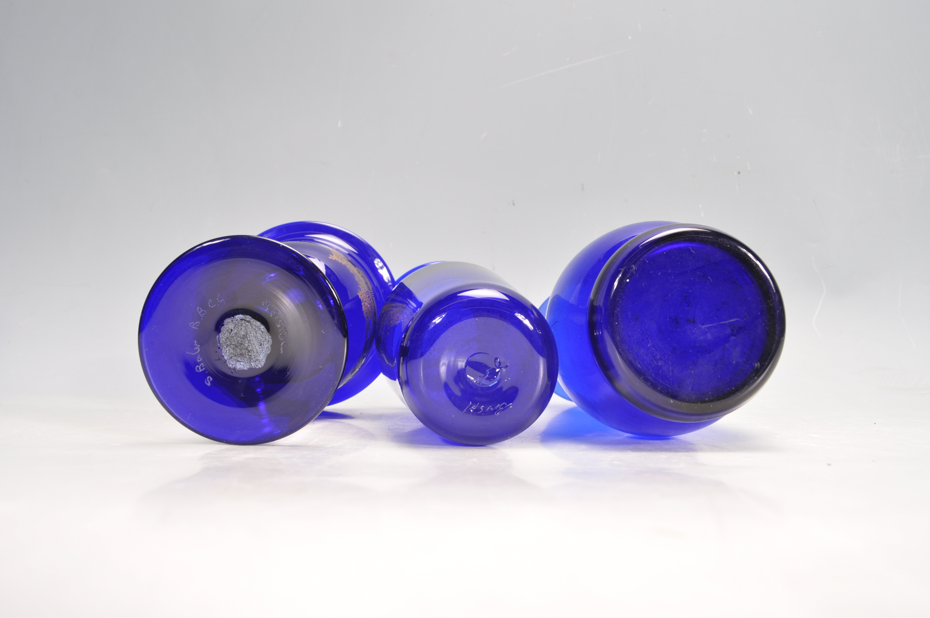 BRISTOL BLUE GLASS ORNAMENTS - Image 18 of 34