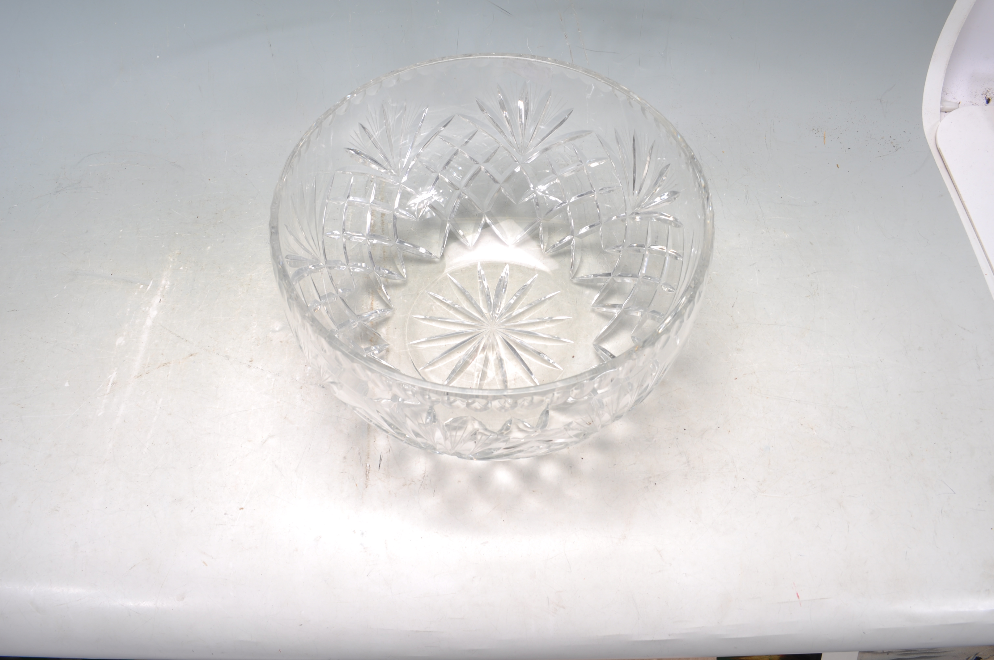 VINTAGE 20TH CENTURY WATERFORD CRYSTAL GLASS BOWL - Image 4 of 5