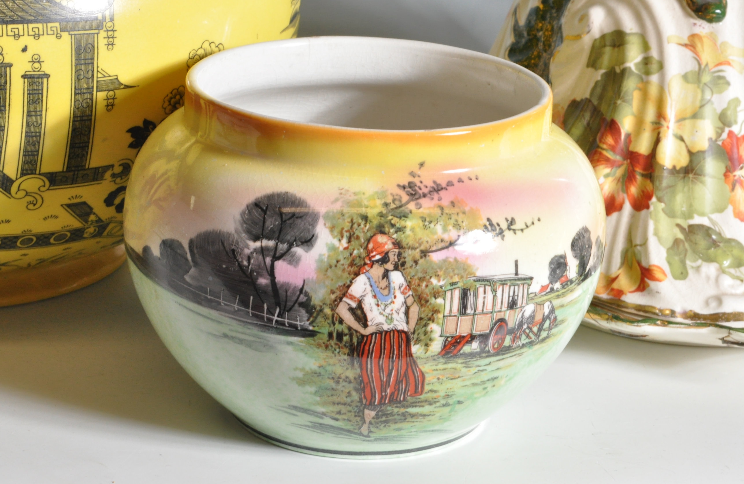 COLLECTION OF VINTAGE 20TH CENTURY CERAMICS - Image 2 of 10