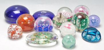 COLLECTION OF 20TH CENTURY STUDIO GLASS PAPERWEIGHTS