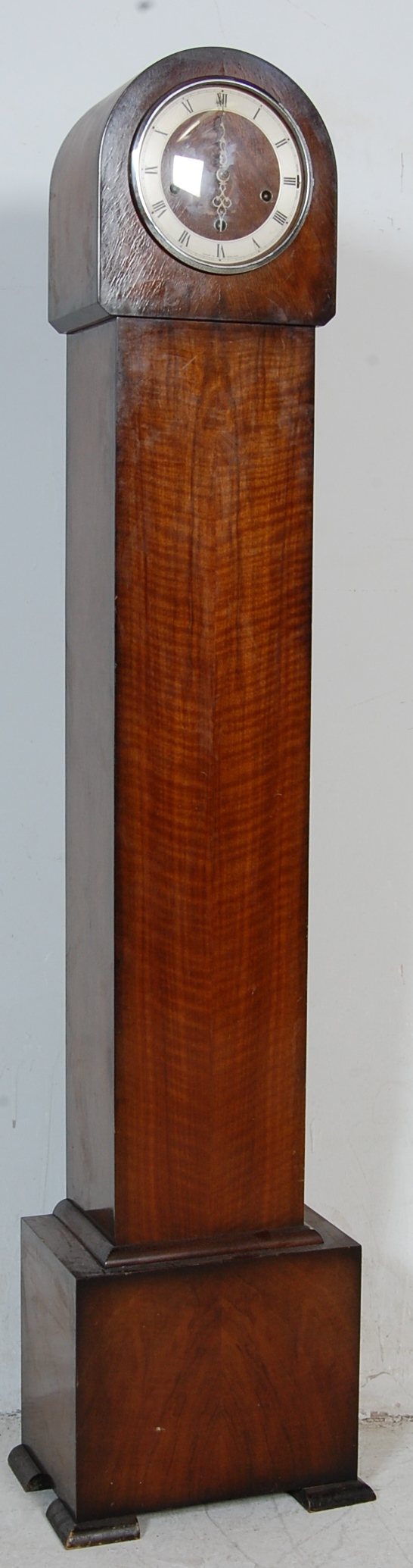 EARLY 20TH CENTURY 1930S WALNUT VENEER 8 DAY GRANDMOTHER CLOCK