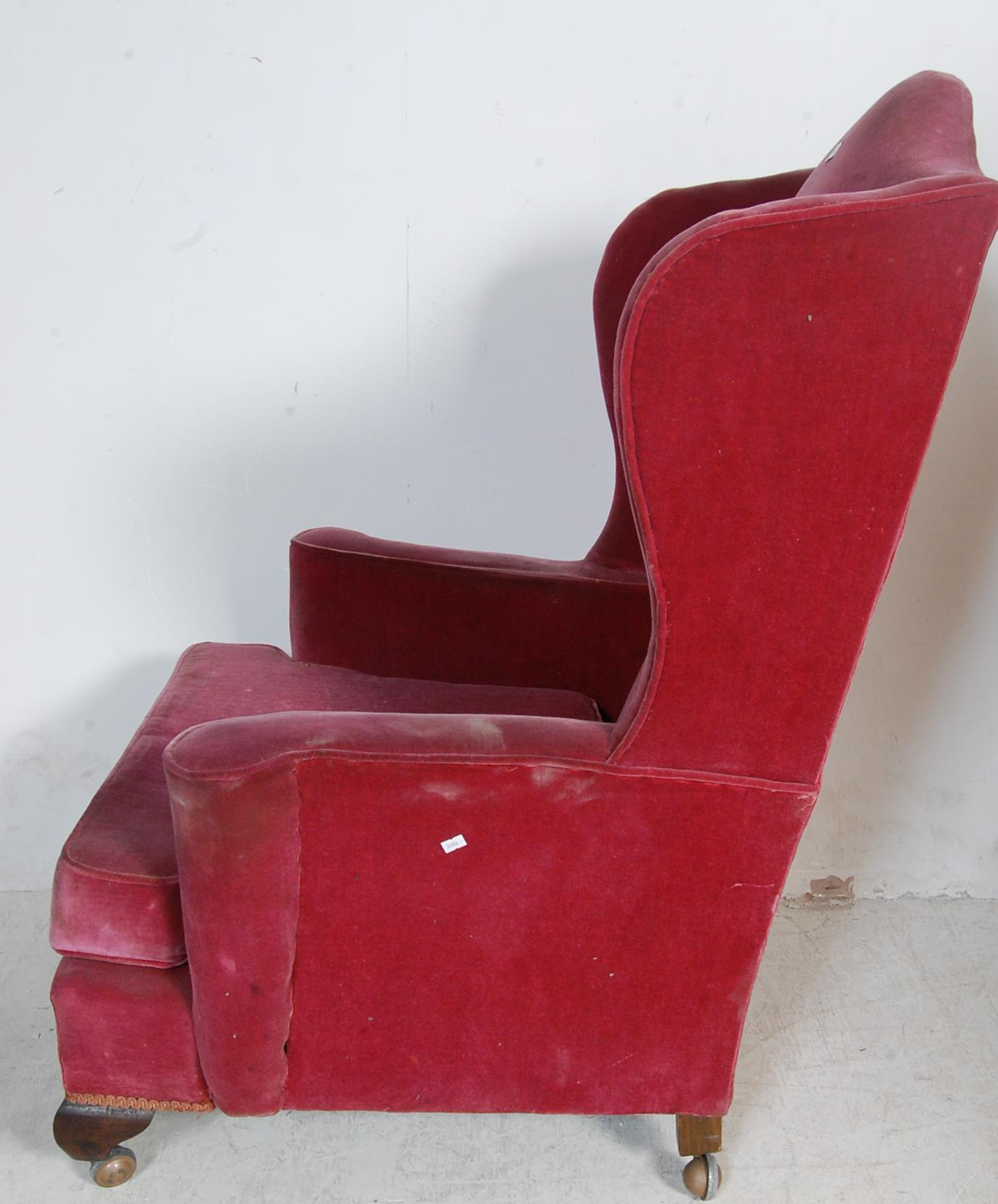 LATE VICTORIAN 19TH CENTURY QUEEN ANNE WING BACK ARMCHAIR - Image 5 of 6