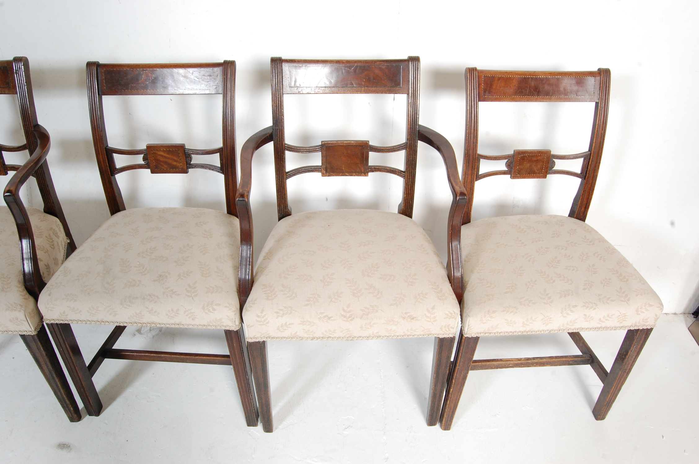 AN ANTIQUE EDWARDIAN REGENCY REVIVAL HARLEQUIN SET OF SIX CHAIRS - Image 4 of 7
