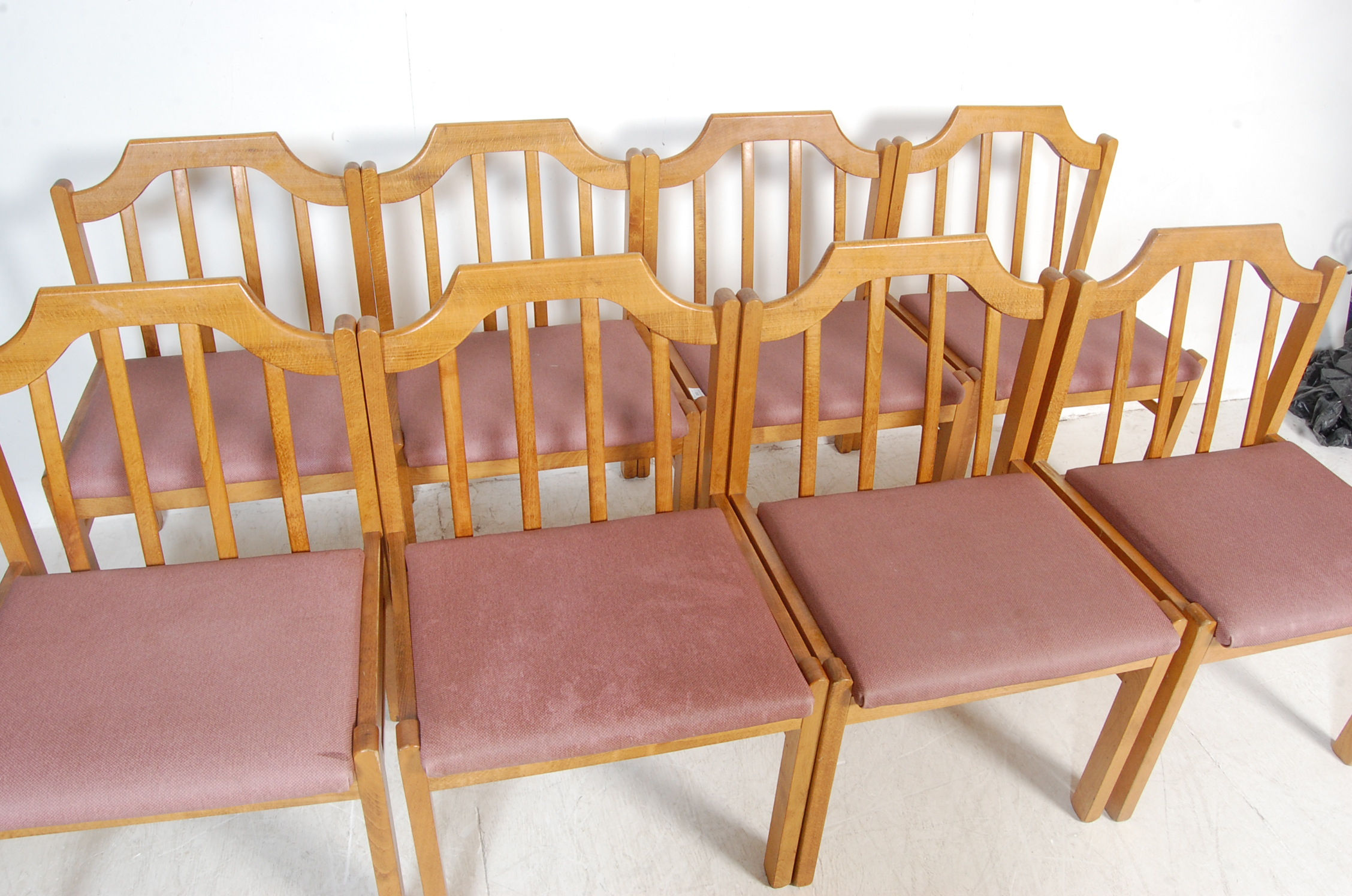 EIGHT VINTAGE GOLDEN OAK DINING CHAIRS - Image 3 of 8