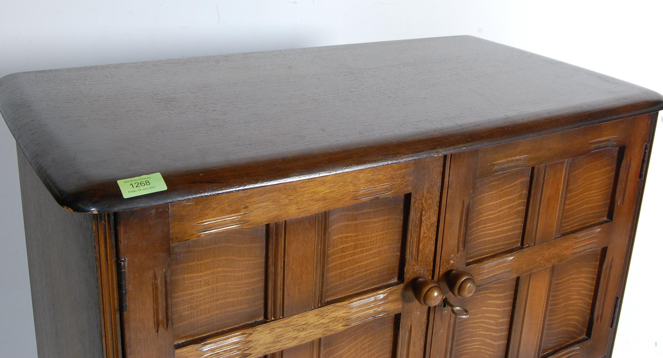 MID CENTURY OAK COCKTAIL CABINET - Image 3 of 6