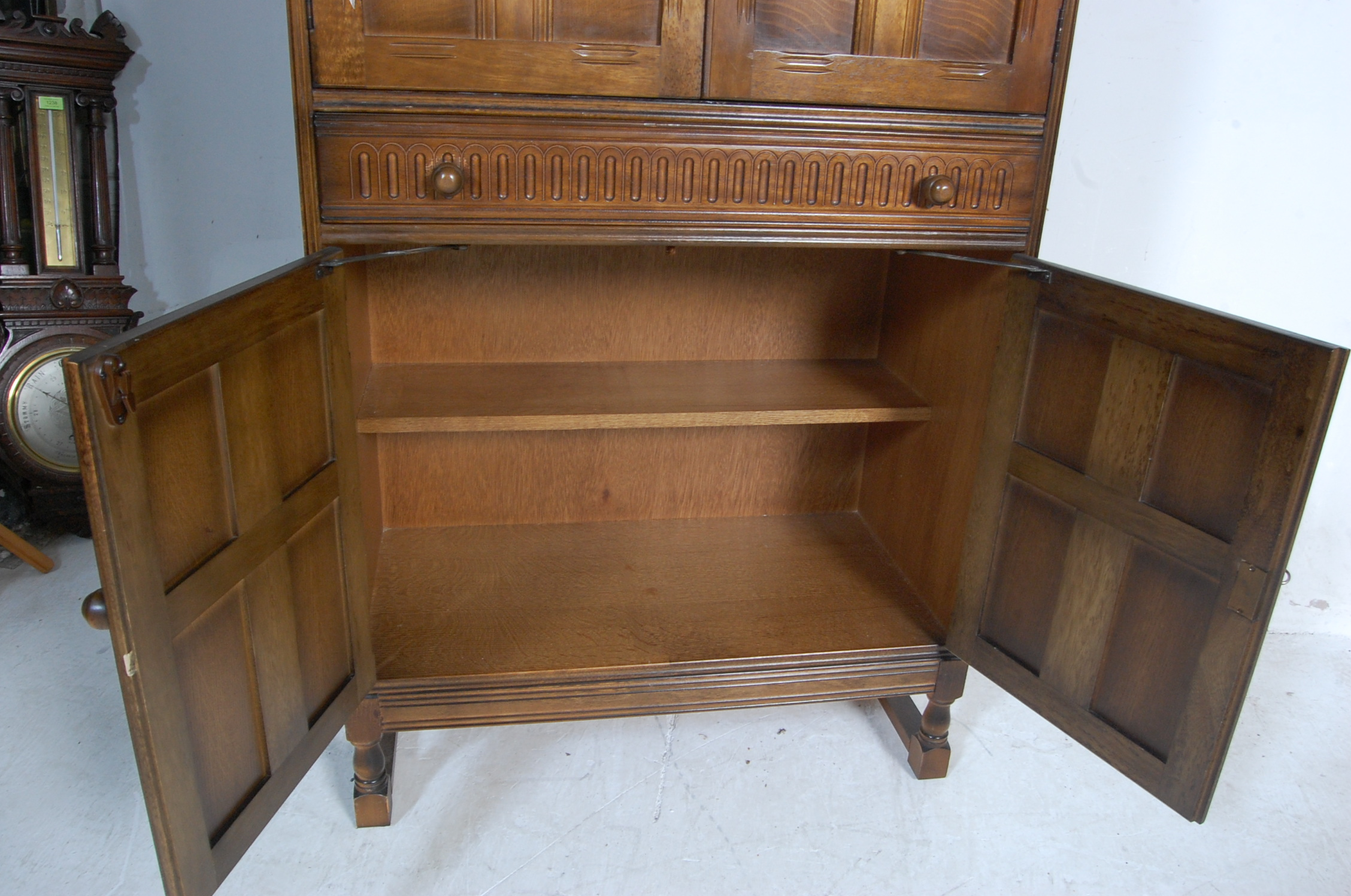 MID CENTURY OAK COCKTAIL CABINET - Image 6 of 6