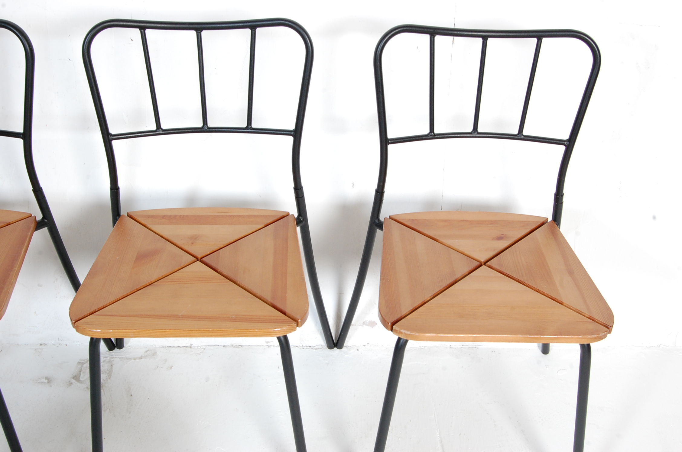 SET OF FOUR CONTEMPORARY INDUSTRIAL DINING CHAIRS - Image 4 of 7