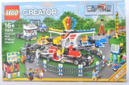 LEGO SET - LEGO CREATOR - 10244 - FAIRGROUND MIXER