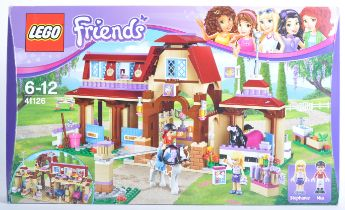LEGO SET - LEGO FRIENDS - 41126 - HEART LAKE RIDING CLUB