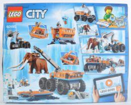 LEGO SET - LEGO CITY - 60195 - ARCTIC MOBILE EXPLORATION BASE