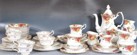 ROYAL ALBERT OLD COUNTRY ROSES TEA SERVICE & DOULTON