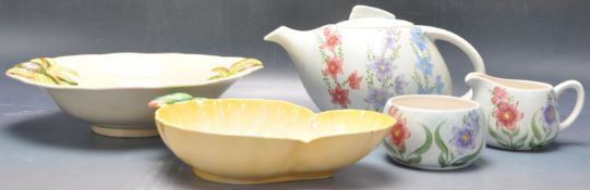 VINTAGE MID 20TH CENTURY CLARICE CLIFF BOWL WITH OTHERS