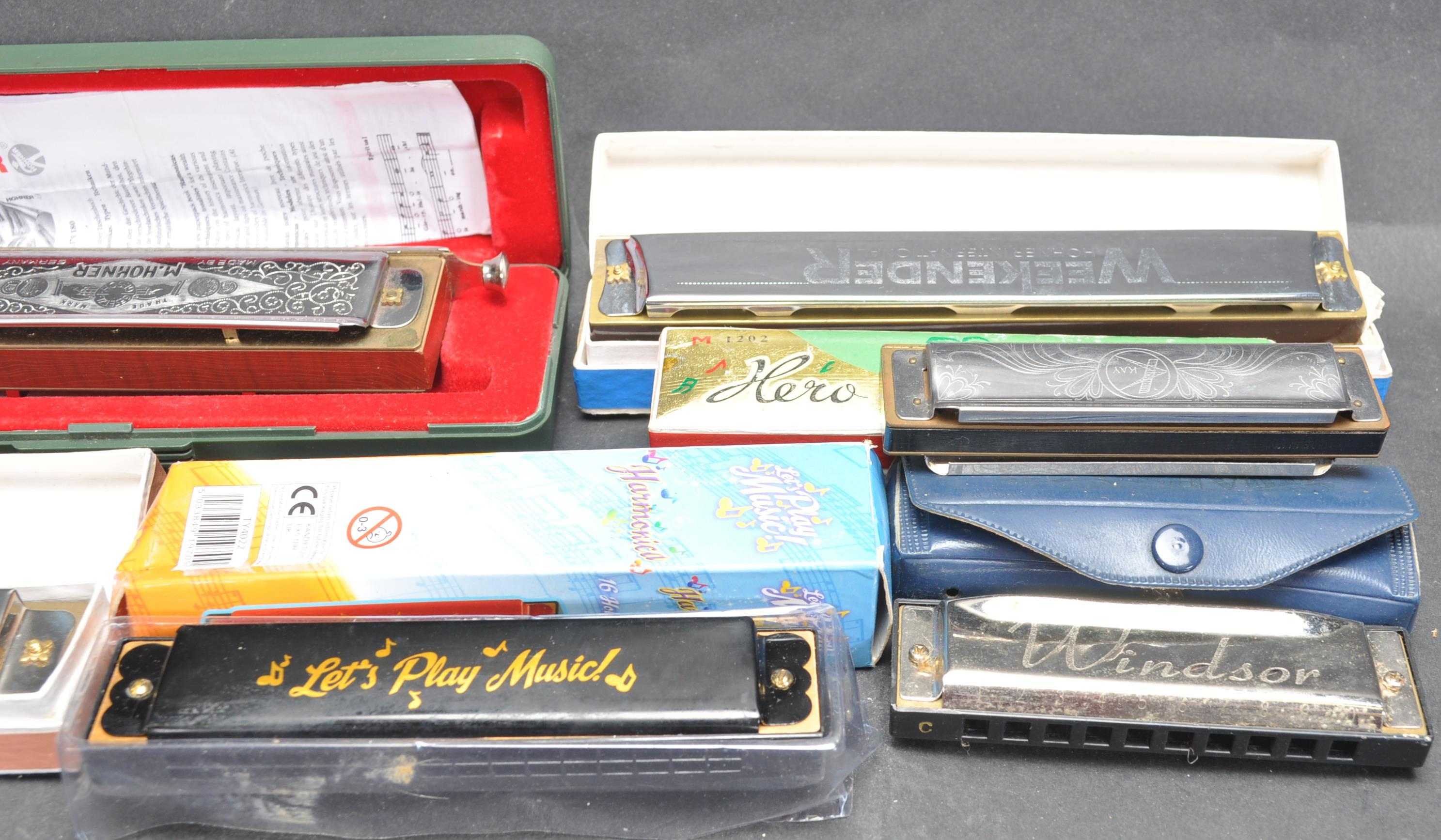 COLLECTION OF VINTAGE MOUTH ORGANS / HARMONICAS - Image 5 of 7